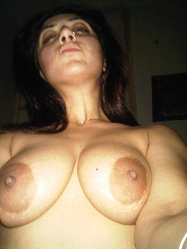 betrunkene-indische-freundin-nacktes-bild-khloe-kardashian-nackte-porno-fotos