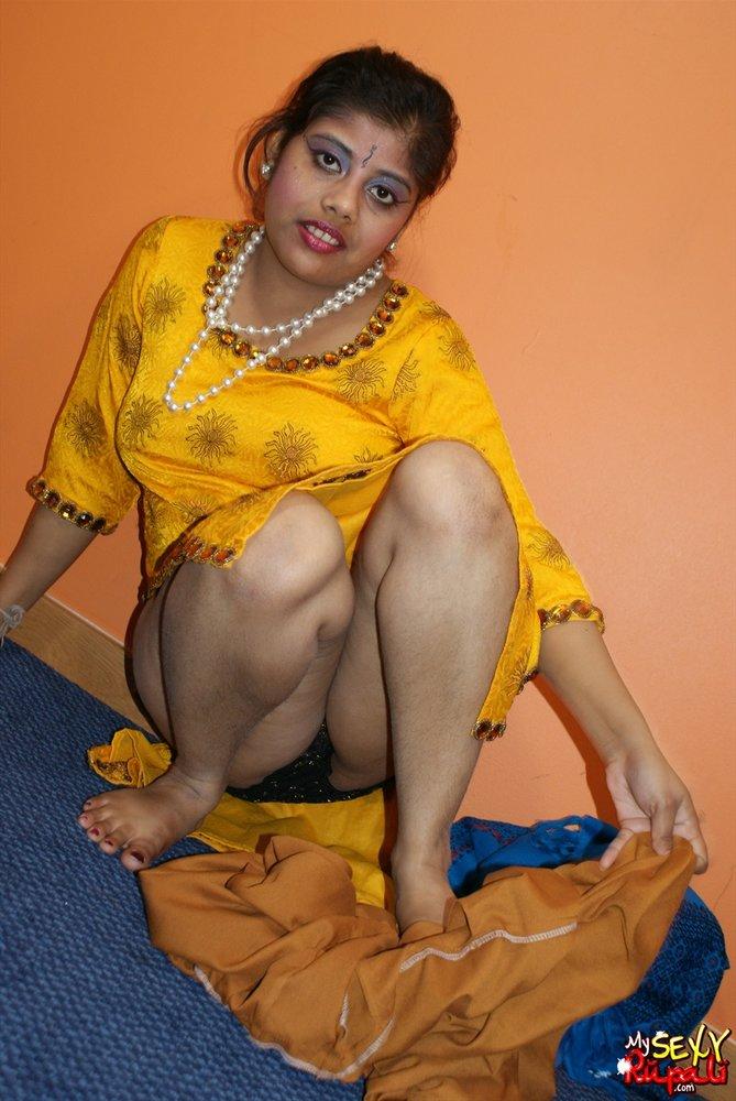 aunty Salwar photos Kameez nude