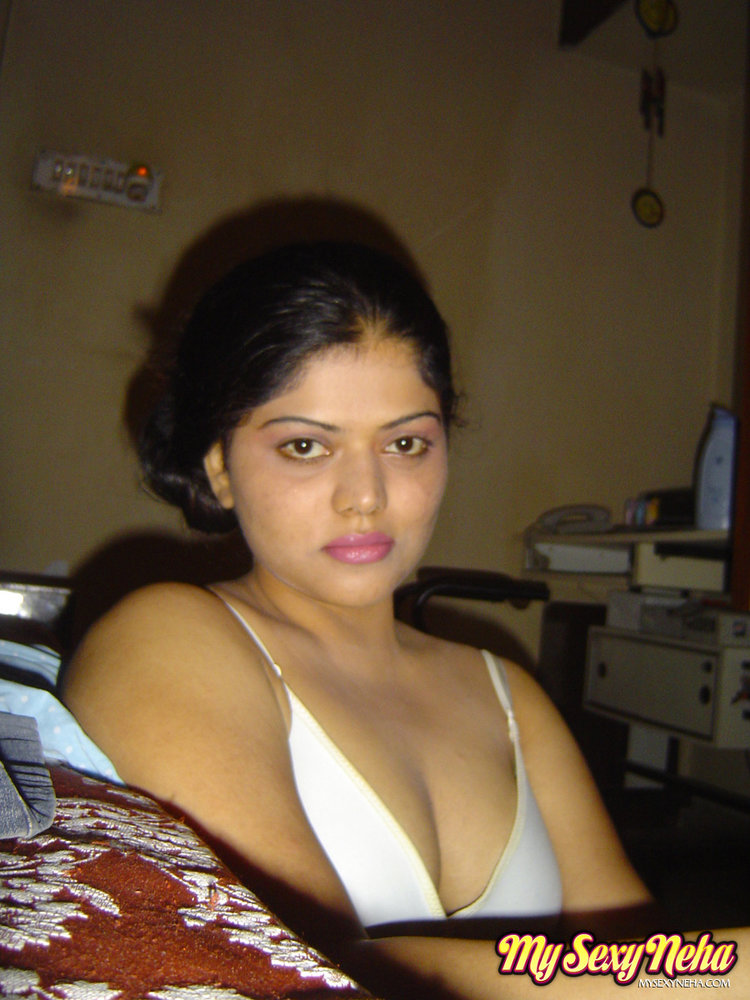 Hot INDAN BHABI BIG BOBS XXX HD PIC ALL GALARY girl