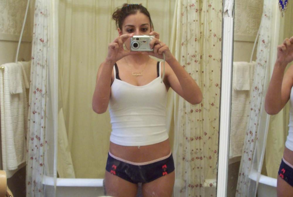 Milf fucked nude on the toilet porn