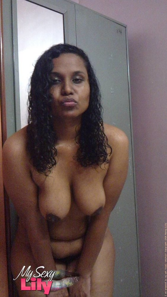 Indian sexy babe lily in shower masturbating 5