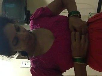 Indian Hot Bhabhi Removing Blouse MMS