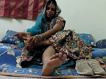 Indian bhabhi foot fetish show