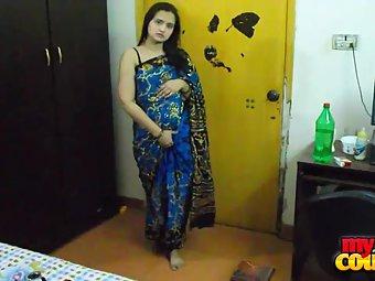 Sonia exposing her juicy big boobs in hot blue sari