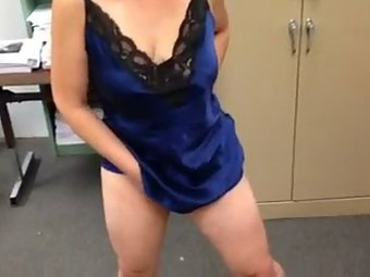 Indian aunty in sexy blue camisole masturbating